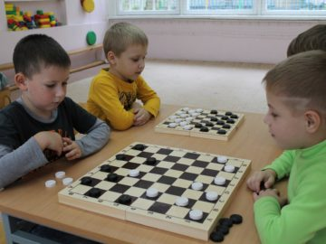 Классические правила в русских шашках